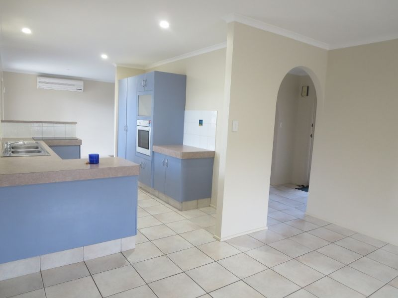 20 volante crescent mermaid waters qld rental house for 3 drayton terrace mermaid waters