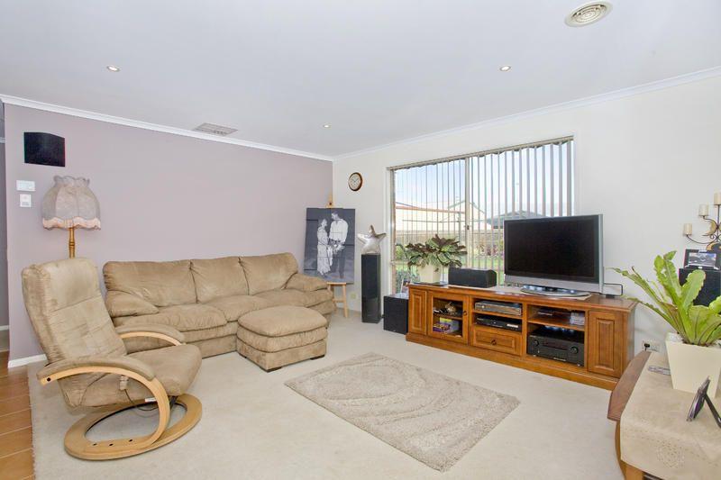 House sold lara vic 5 ingrid place for Ingrid house