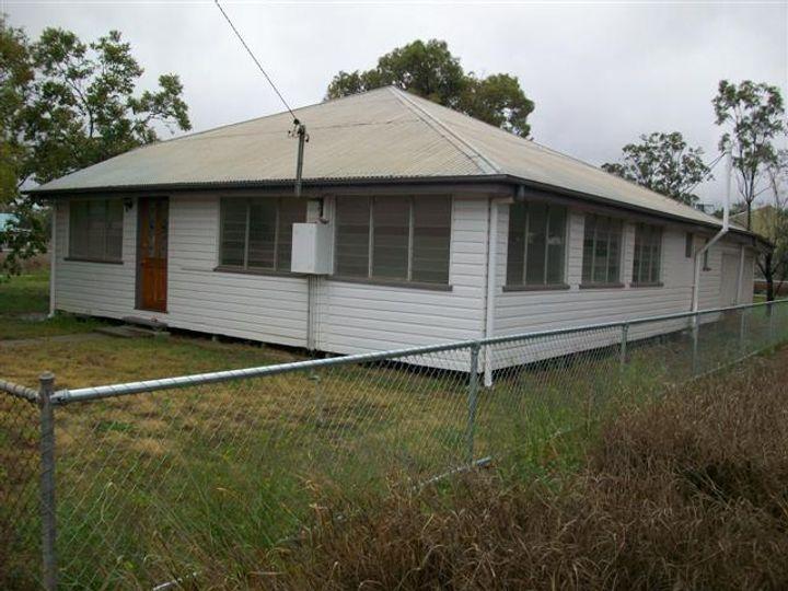 193 Alice Street, Mitchell, QLD