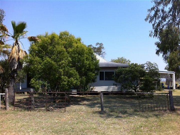 12 School Street, Amby, QLD
