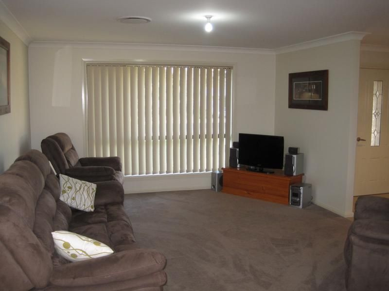 14 Jake Miller Place Young NSW