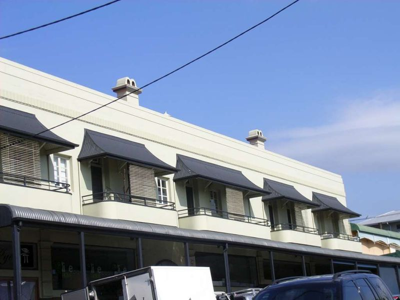 Apartment leased paddington qld 220 given terrace for Queensland terrace