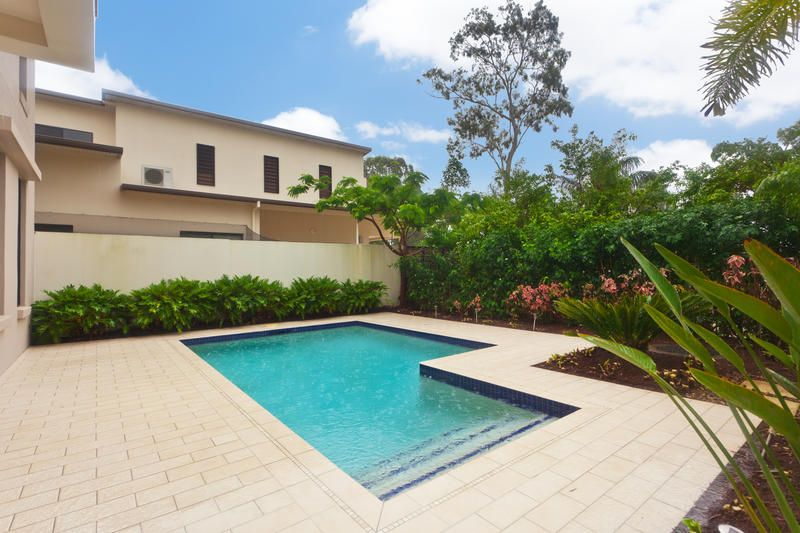 House sold sanctuary cove qld 5426 bay hill terrace for Queensland terrace