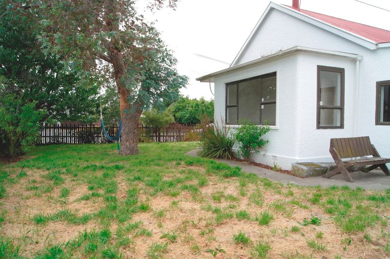 159 olliviers road phillipstown christchurch city for Ready lawn christchurch