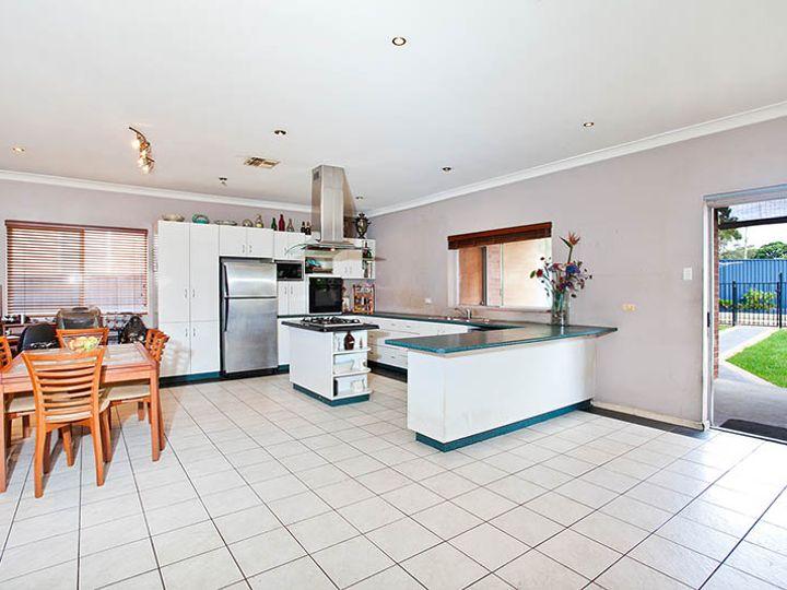 17 Monaro Avenue, Kingsgrove, NSW