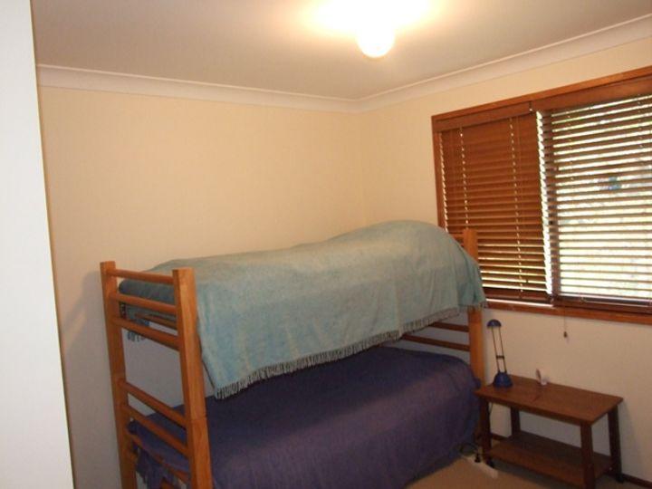 1 Torquay Drive, Lake Tabourie, NSW