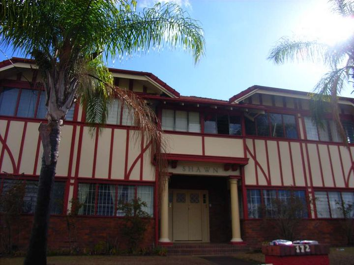 Apartment leased petrie terrace qld 172 petrie terrace for 242 petrie terrace brisbane