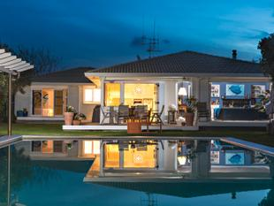Colourful home pulses with creativity, fun and family - Mt Maunganui