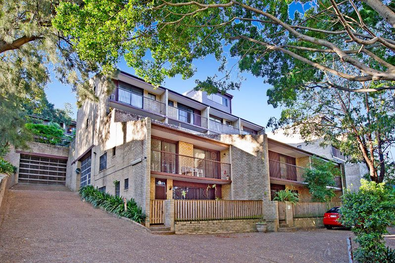 Townhouse sold bellevue hill nsw 186 old south head road for Where is bellevue hill