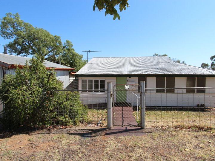 107 Nelson Street, Augathella, QLD