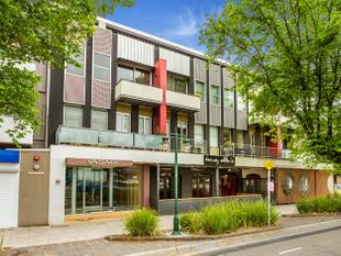 LOCATION, LIFESTYLE, OPPORTUNITY! - St Kilda
