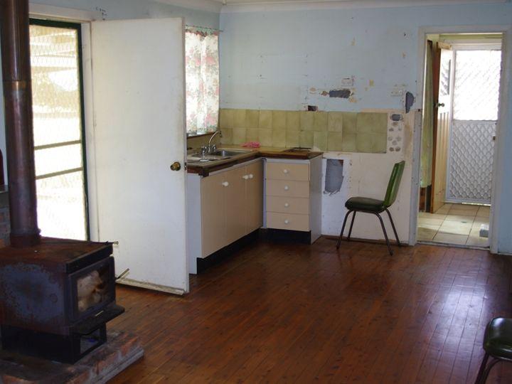 11 Clerk Street, Bundarra, NSW