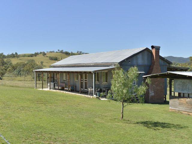 Rosneath Stn Bruxner Highway, Tenterfield, NSW