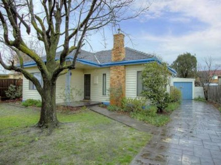 2 Monaco Avenue, Bonbeach, VIC