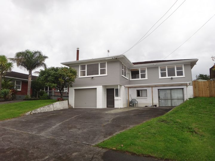 5 Pooley Street, Pakuranga Heights, Manukau City