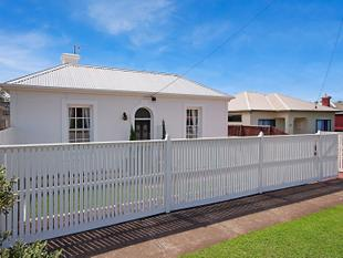 Historic Central Cottage - Warrnambool