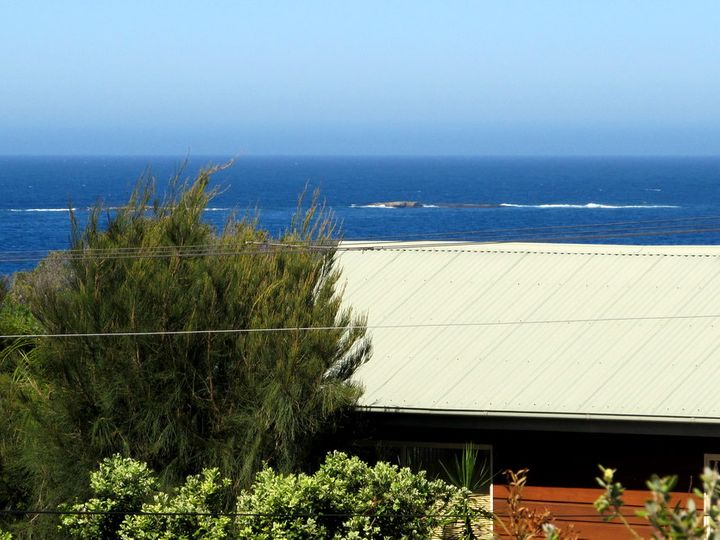 37 Highview Drive, Dolphin Point, NSW