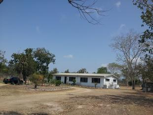 FREE HOUSE , WHEN YOU BUY THE 5 Acres, - Black River