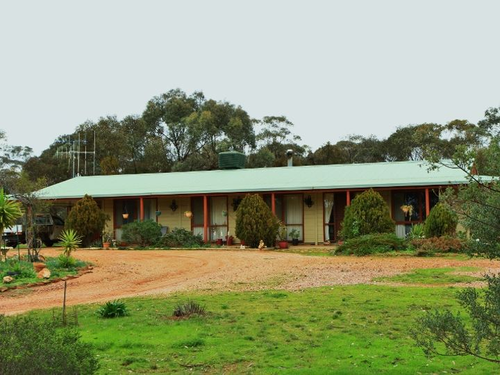 163 Richmond Plains Road, Wedderburn, VIC