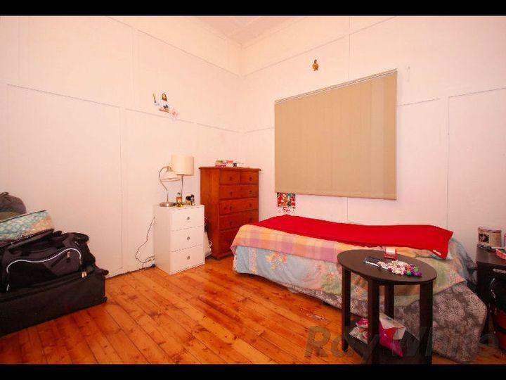 16 Albert Street, Goodna, QLD