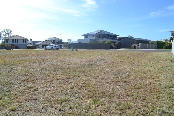 Residential land sold south gladstone qld 44 dolphin terrace for 44 the terrace