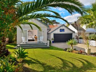 Character Family Home on Full Site - Northcote Point