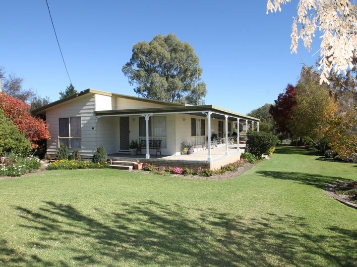 22 Coach Street, Wallabadah, NSW