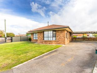 Quality brick family home - Perth