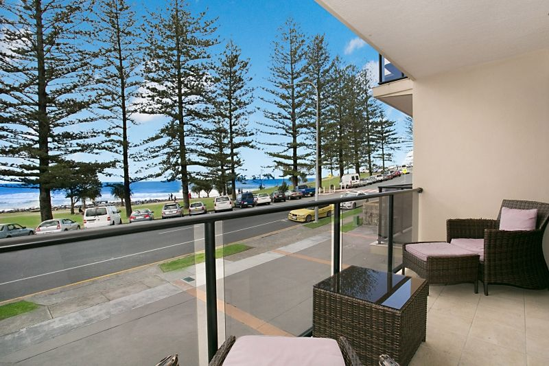 3 24 goodwin terrace burleigh heads qld residential