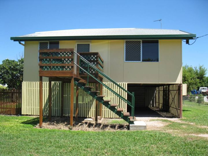 112 Tenth Avenue, Home Hill, QLD