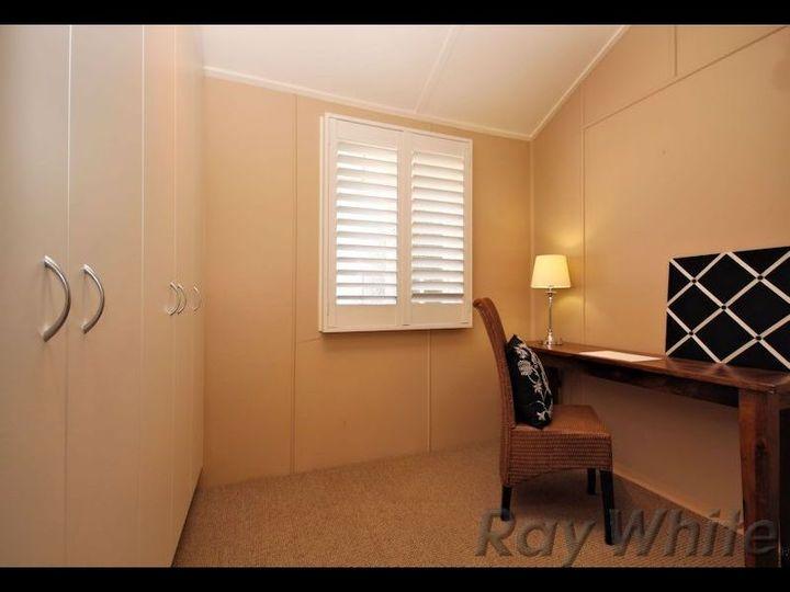 15 Coolibah Street, Silkstone, QLD