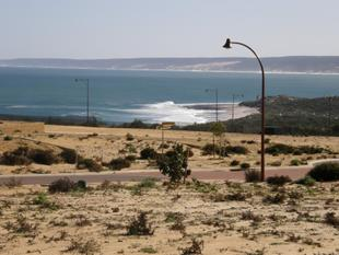 Only TWO streets away from the Ocean - Kalbarri