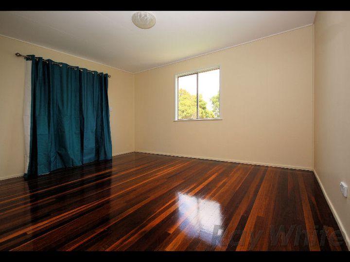 15 Rodney Street, Silkstone, QLD