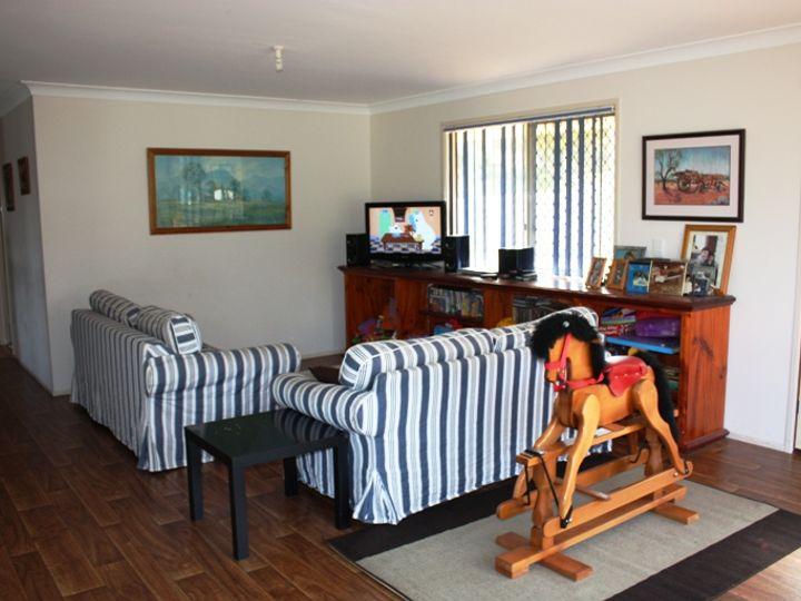 42 David Street, Linville, QLD