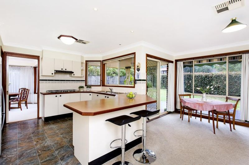 House Leased Cherrybrook Nsw 16 Roslyn Place