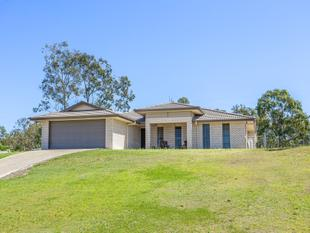 BIG FAMILY HOME WITH SOLID INVESTMENT RETURN - Gatton