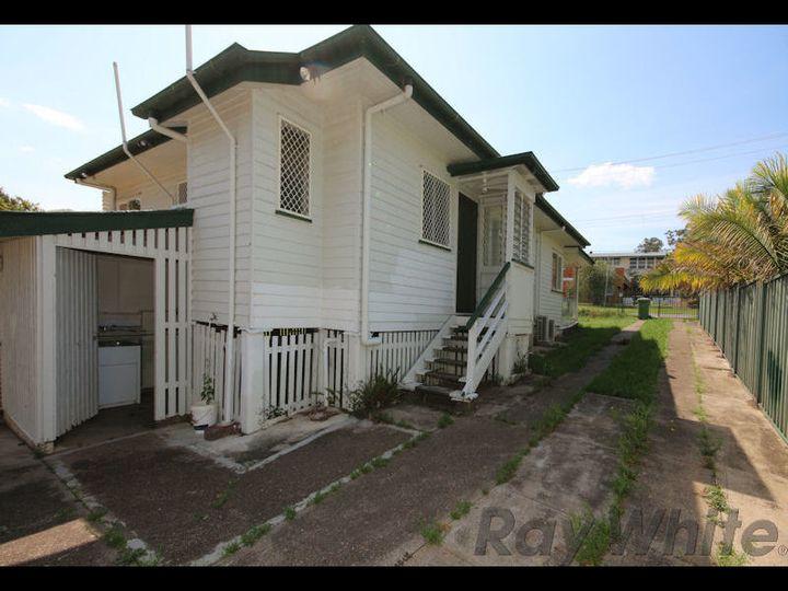 3 Samford Road, Leichhardt, QLD