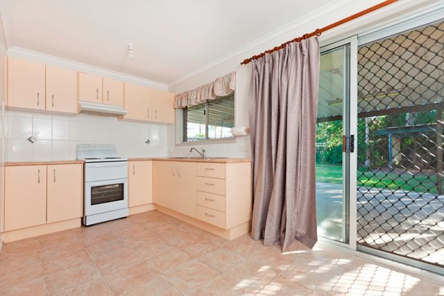 House leased capalaba qld 8 mitchell street for The family room capalaba