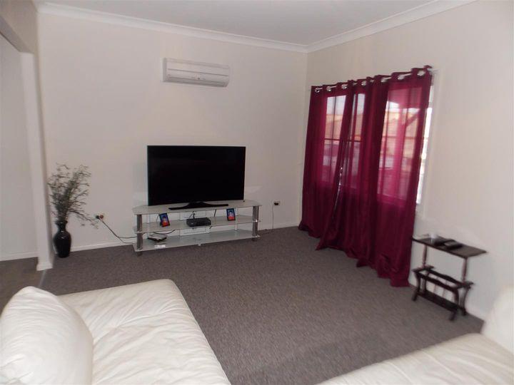 10 Oxley Street, Parkes, NSW