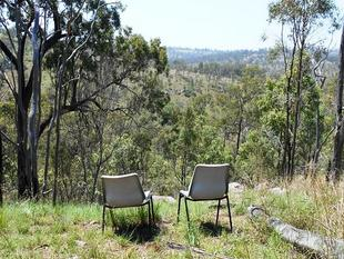 VIEWS,VIEWS,VIEWS AND MORE VIEWS - Blackbutt