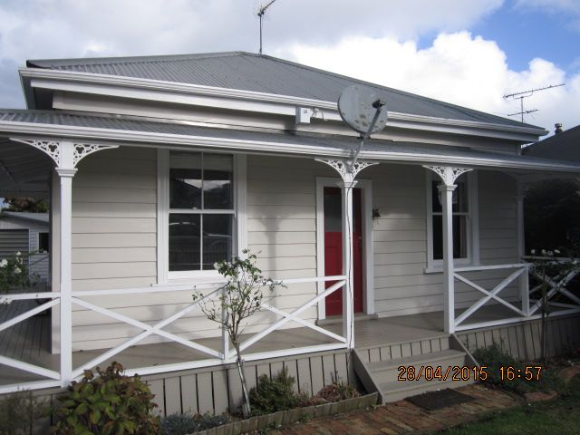 white on white bathroom pukekohe franklin rental house for rent 21573