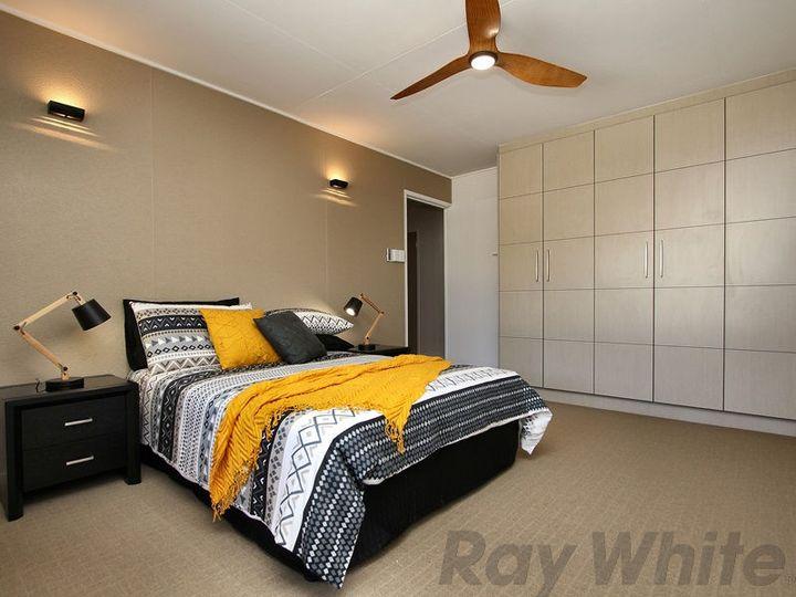 10 Blackstone Road, Newtown, QLD