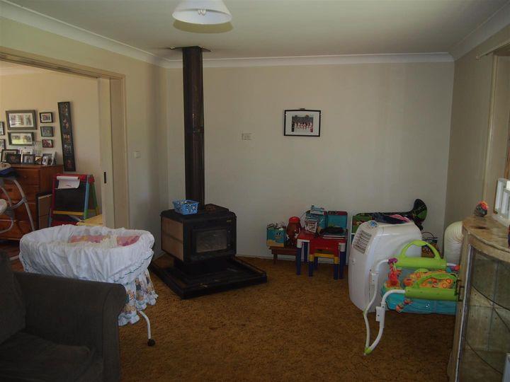 73 Cardigan Street, Tullamore, NSW
