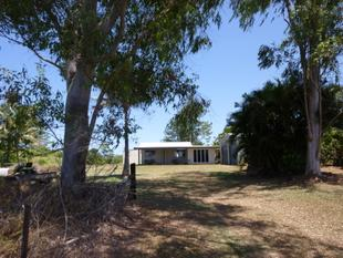 HOUSE, LARGE SHED ON 10 ACRES - Great family Lifestyle - Mena Creek