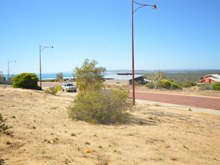 GREAT LOCATION  AND  BEST VALUED BLOCK IN THE ESTATE - Kalbarri