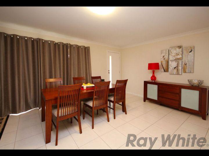 24 Doyle Street, Silkstone, QLD