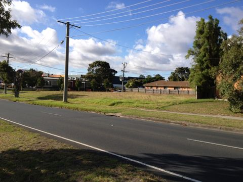 Carrum Downs, 74-76 Hall Road
