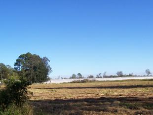 Potential site for town houses -31 acres within 16km to CBD - Pallara