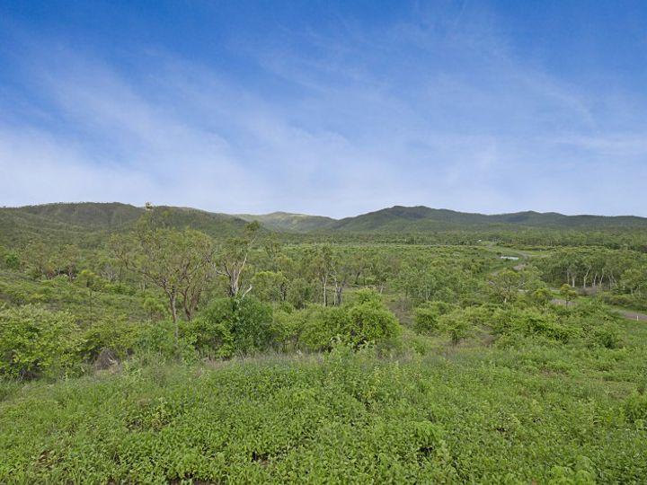 240 Chisholm Trail, Oak Valley, QLD