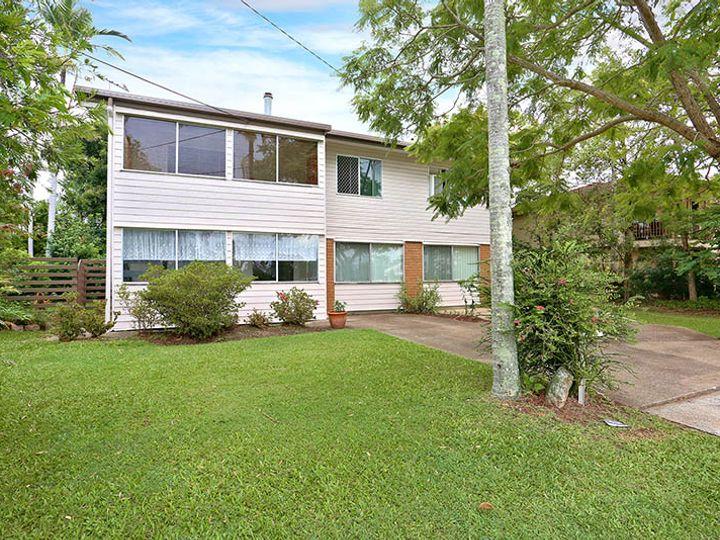 48 Fourth Avenue, Marsden, QLD